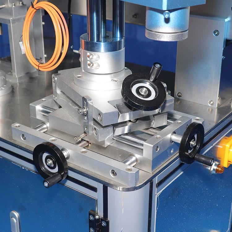 smart system double side sticker labeling machine manufacturer for square bottles-1