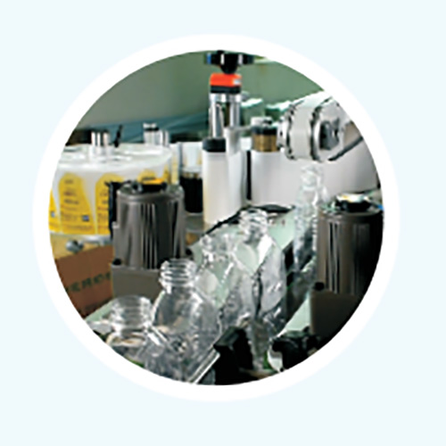 Side labeling Machine manufacturer for flat bottles PST-5