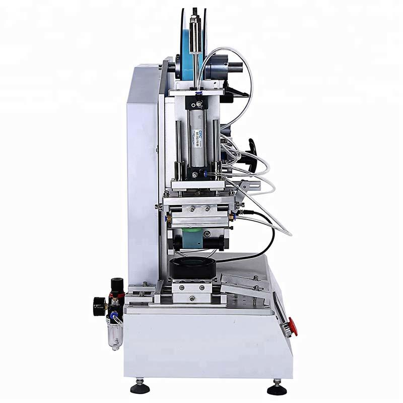Semi-Automatic High Precision Flat Bottle Labeling Machine PST618